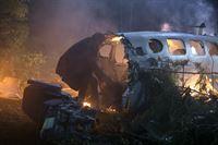 Nach dem Flugzeugabsturz sind Tom (Noah Wyle) und Pope den Skittern ausgeliefert. Werden sie sich vor ihnen schützen können? – © ProSieben MAXX