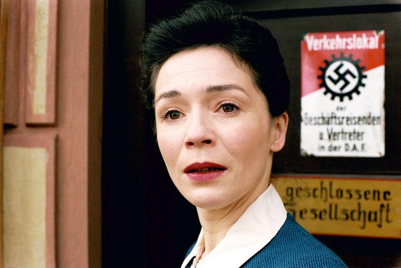 Julia Stemberger (Helene Schweighofer). – Bild: ORF