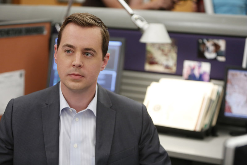 Im Kampf gegen das Böse: McGee (Sean Murray) ... – Bild: CBS Television Lizenzbild frei