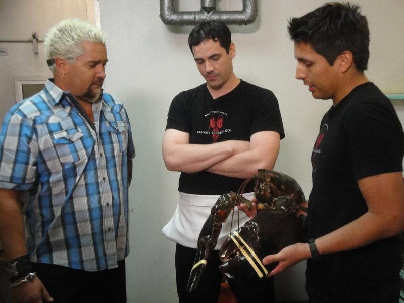 Von Hummer-Makkaroni bis zum Chili-Schwein (Staffel 15, Folge 13) – Bild: 2012, Television Food Network, G.P. All Rights Reserved. Lizenzbild frei