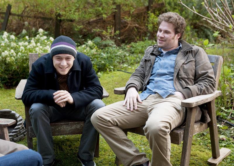 Kyle (Seth Rogen) begleitet seinen Freund Adam (Joseph Gordon-Levitt) zu einem Treffen mit anderen Krebspatienten. – Bild: ZDF und ARD Degeto/2010 Summit Summit Entertainment LLC
