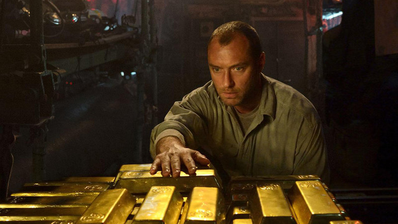 Kapitan Robinson (Jude Law) – Bild: Film 1 Action