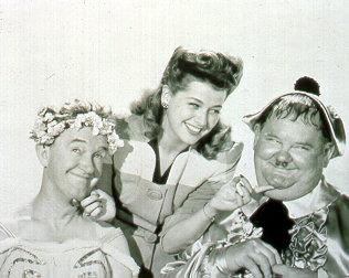 Dick und Doof - Die Tanzmeister – Bild: ATV II