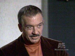 John Payne als Kirby Randolph – Bild: StarTV