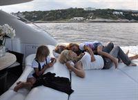 Davina, Carmen, Shania, Robert – © RTL II