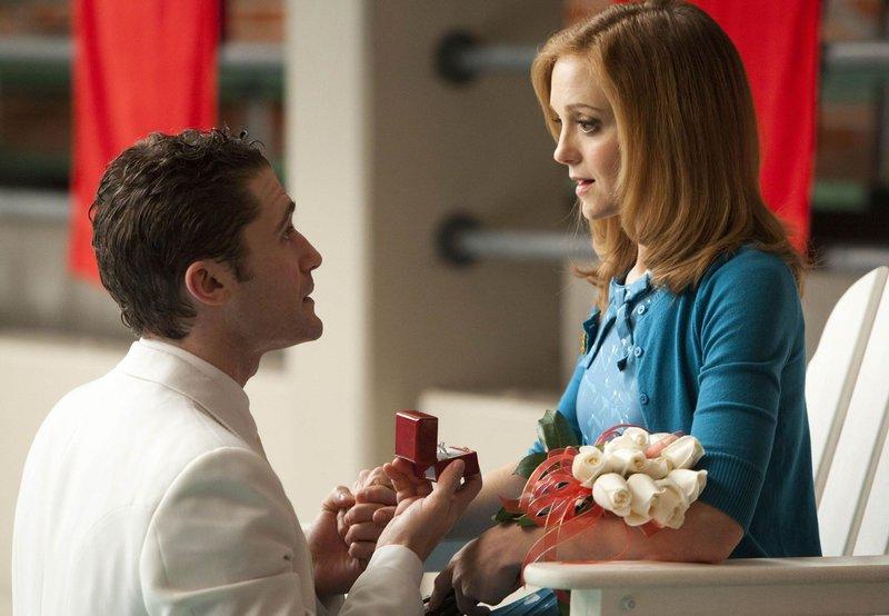 Will Schuester (Matthew Morrison) und Emma (Jayma Mays) i – Bild: Passion