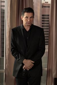 Kehrt wegen einer Familienkrise in die Upper East Side zurück: William van der Woodsen (William Baldwin) ... – © Warner Bros. Television Lizenzbild frei