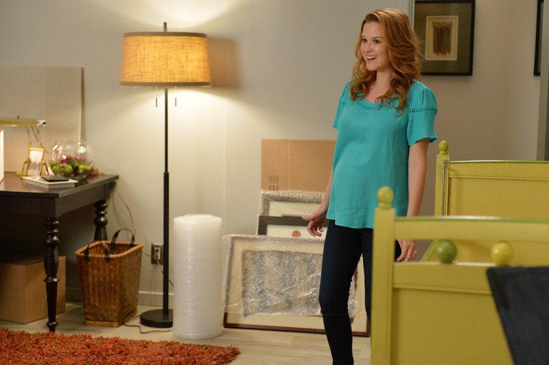 Aprils (Sarah Drew) Begeisterung über den Besuch ihrer Mutter hält sich in Grenzen ... – Bild: ABC Studios