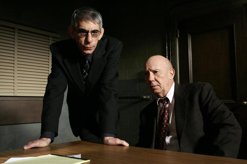 Missbraucht (Staffel 7, Folge 21) – Bild: Universal Channel