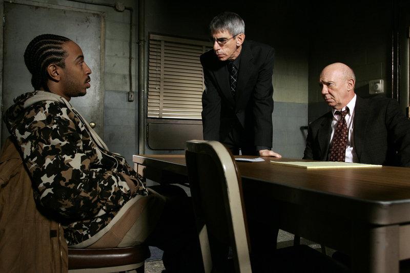 Ungeliebt (Staffel 7, Folge 18) – Bild: Universal Channel