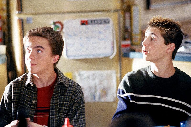 Frankie Muniz (Malcolm), Justin Berfield (Reese). – Bild: ORF