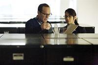 Phil Coulson (Clark Gregg) und Melinda May (Ming-Na Wen) – © RTL Crime