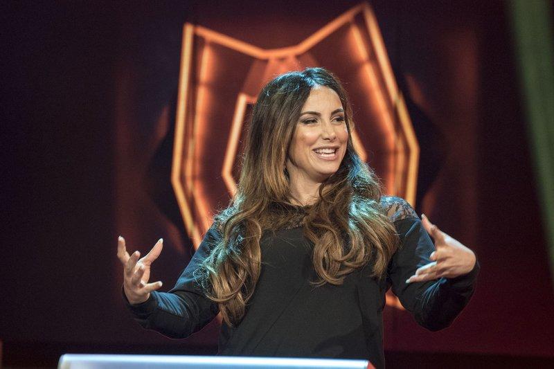 """WDR Fernsehen DAS NRW DUELL , """"Thema: Prominente NRW-Profis"""", am Mittwoch (17.06.15) um 20:15 Uhr. Kandidatin Enissa Amani – Bild: WDR"""