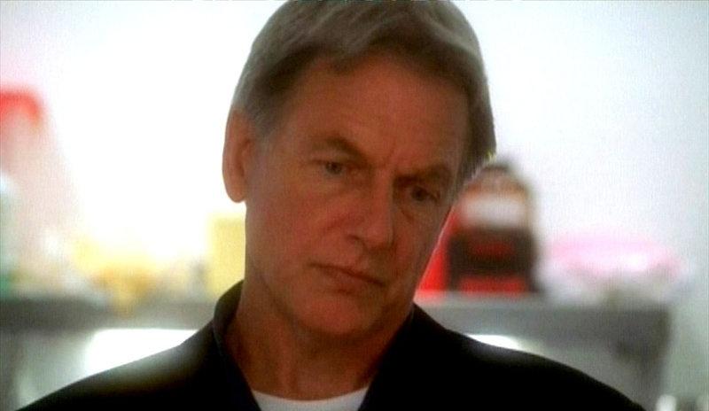 (4. Staffel) - Gibbs (Mark Harmon) ist hochqualifiziert, smart, tough und bereit, die Regeln zu brechen, wenn es nötig wird ... – Bild: Sat.1