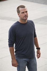 Bei den Ermittlungen in einem neuen Fall: Callen (Chris O'Donnell) ... – © CBS Studios Inc. All Rights Reserved. Lizenzbild frei