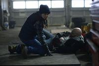 Tony (TATIANA MASLANY, l.) und Sammy (BISHOP BRIGANTE, r.). – © ZDF und George Kraychyk