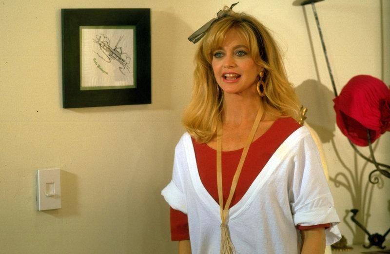 Die Kellnerin Gwen (Goldie Hawn) ist nicht nur hübsch, sondern auch noch äußerst fantasievoll ... – Bild: ProSieben Media AG © Universal Pictures