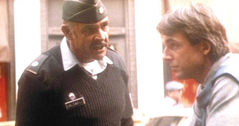 Polizist Jay Austin (Mark Harmon, r.) und der Militärpolizist Leutnant Colonel Alan Caldwell (Sean Connery, l.) können sich nicht ausstehen ... – Bild: ProSieben Media AG © Paramount Pictures
