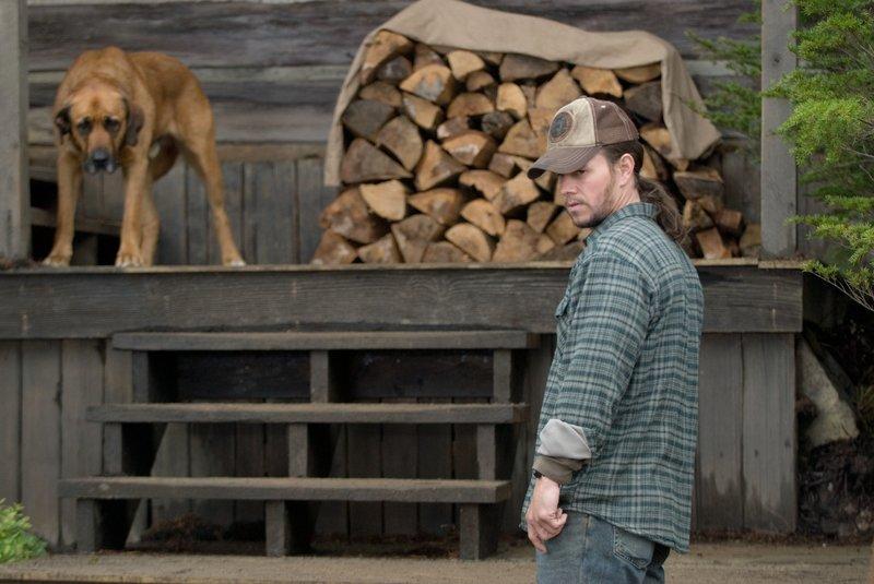 Bob Lee Swagger (Mark Wahlberg) ist ein ehemaliger Scharfschütze, der sich aus seinem Job zurückgezogen hat, um ein ruhiges Leben in der Einsamkeit zu führen. Doch eines Tages wird er reaktiviert ... – Bild: Puls 4