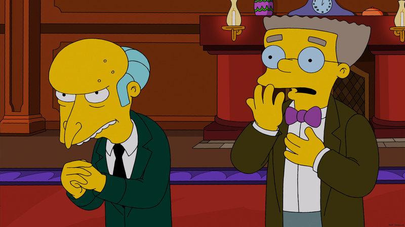 Mr. Burns (l.) schenkt seinen Mitarbeitern zu Weihnachten eine hypermoderne Datenbrille, allerdings nicht ohne Hintergedanken. Ob sein Assistent Waylon Smithers (r.) davon weiß? – Bild: Puls 8