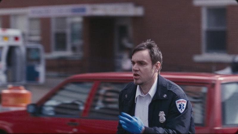 Rechnet nicht mit einem rächenden Herzen: Kevin Stanovich (Jamie Harrold) ... – Bild: Puls 8