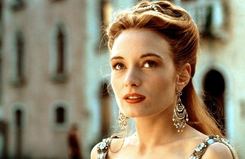 Als Kurtisane steigt die wunderschöne Veronica (Catherine McCormack) zur einflussreichsten Frau Venedigs auf. Da bedrohen die Türken die Stadt der Kanäle und Gondeln ... – Bild: ProSieben Media AG © Warner Bros.