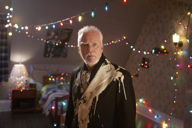 Für Verbrecher-Boss Sinclair (Malcolm McDowell) verläuft der Einbruch nicht so, wie gedacht ... – Bild: ProSieben Media AG © 2012 Twentieth Century Fox Film Corporation. All rights reserved.