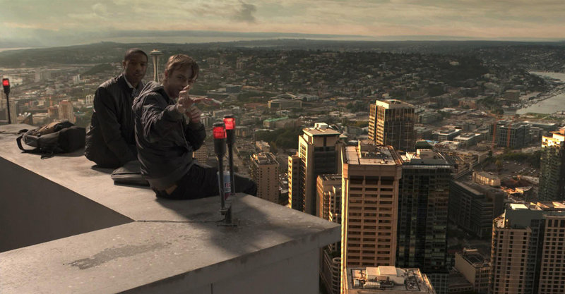 Fliegen zu können- ein Menschheitstraum, der für Andrew (Dane deHaan, r.) und Steve (Michael B. Jordan, l.) Wirklichkeit wird, nachdem sie eine mysteriöse Entdeckung gemacht haben. Doch dann beginnt einer der Jungs mit seinen Superkräften Unheil zu verbreiten ... – Bild: Puls 8
