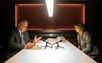 Bernd Reuther (Rainer Hunold, l.) und Helene Schall (Nicole Marischka) – Bild: ZDF und ©Andrea Enderlein