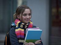 Liz (Viktoria Krause) erhält eine weitere Chance ihren Notendurchschnitt zu verbessern. – © MDR/Anke Neugebauer