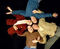 5. Staffel (im Uhrzeigersinn): Elaine (Julia Louis-Dreyfus), Jerry (Jerry Seinfeld), Kramer (Michael Richards) und George (Jason Alexander) – © RTL Nitro