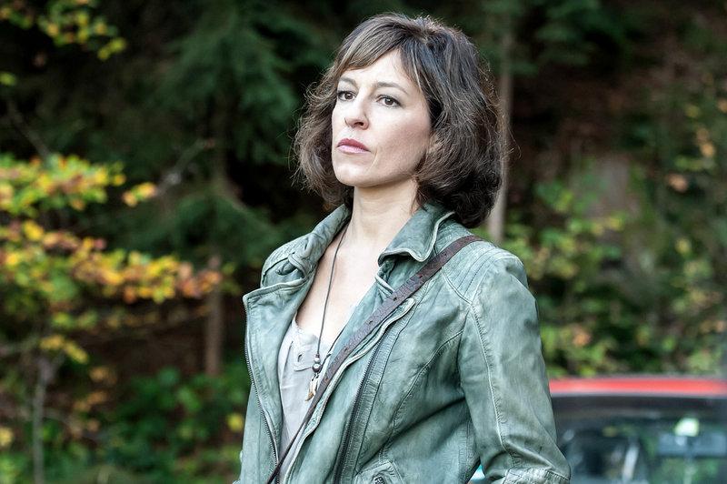 Julia Cencig (Nina Pokorny). – Bild: ORF