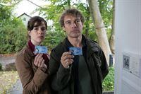 von links nach rechts: Kommissarin Sophia Mückeberg (Anne Schäfer), Hauptkommissar Matti Wagner (Pierre Besson) – © ZDF und ZDF/Michael Böhme