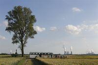 Bus von Nolters-Tours in der Nähe von Köln – © ZDF und Michael Boehme
