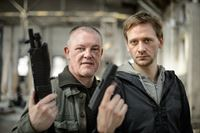 v.l.n.r.: Huber (Thomas Lawinky), Jason Müllerschön (Matthias Lier), – © ZDF und Uwe Frauendorf