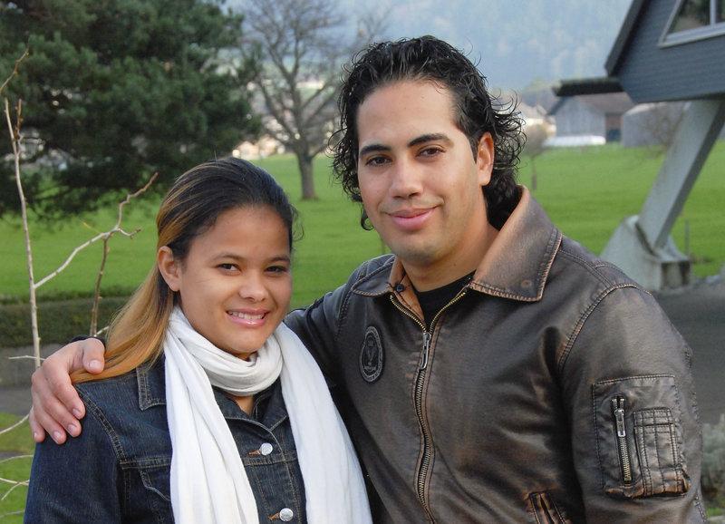 Sami Feierabend mit seiner Frau Daira – Bild: SRF