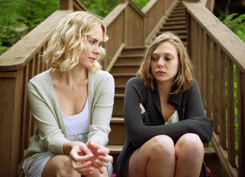 Zwei Schwestern: Sarah Paulson als Lucy, Elizabeth Olsen als Martha – Bild: SRF/ Twentieth Century Fox