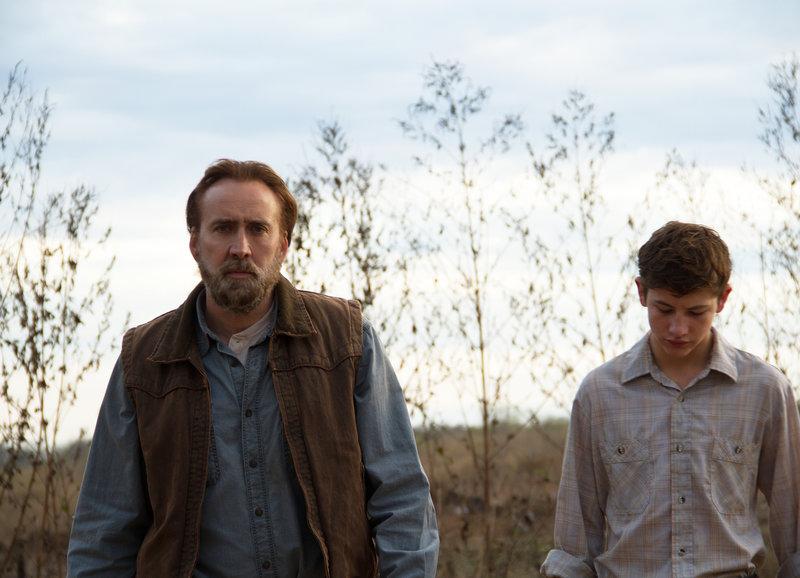 Joe nimmt Gary unter seine Fittiche: Nicolas Cage als Joe, Tye Sheridan als Gary – Bild: SRF/2012 Bona Entertainment Company Limited