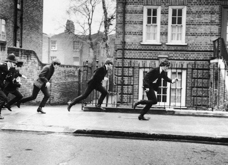 Auf der Flucht vor dem Bobby: Ringo Starr, George Harrison, John Lennon, Paul McCartney – Bild: SRF/HDN, LLC.