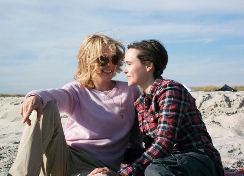 Verliebt: Julianne Moore als Laurel Hester, Ellen Page als Stacie Andree – Bild: SRF/Praesens Film