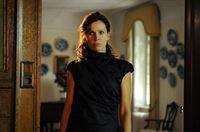 Christa Pfeilschifter (Doris Schretzmayer) fühlt sich von ihrem Mann betrogen. – © ZDF und Hubert Mican