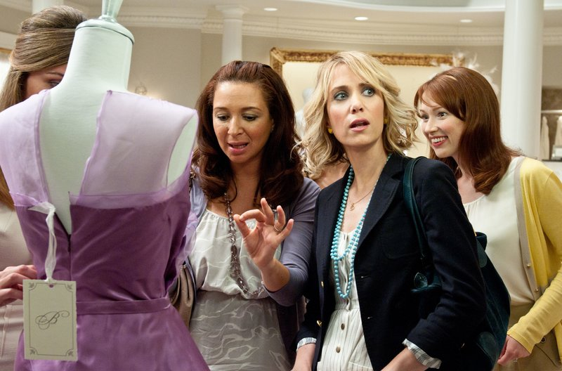 """(L to R) ROSE BYRNE, MAYA RUDOLPH, KRISTEN WIIG and ELLIE KEMPER in """"Bridesmaids"""". – Bild: Copyright: © 2011 Universal Studios. ALL RIGHTS RESERVED."""