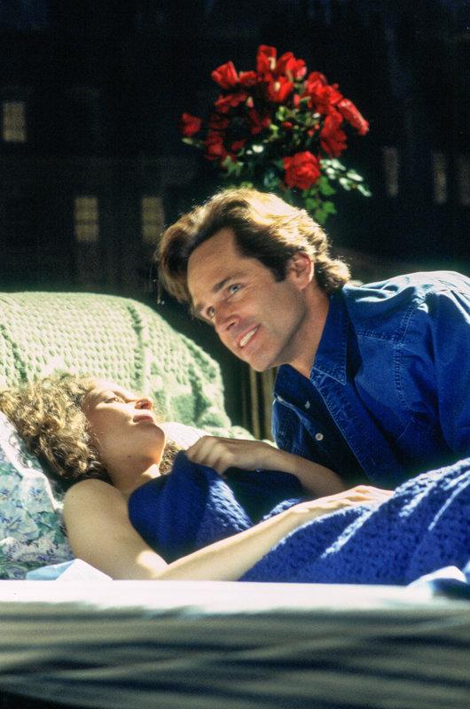 Leslie Hope (Rachel), Gregory Harrison (Scott McNally). – Bild: ORF