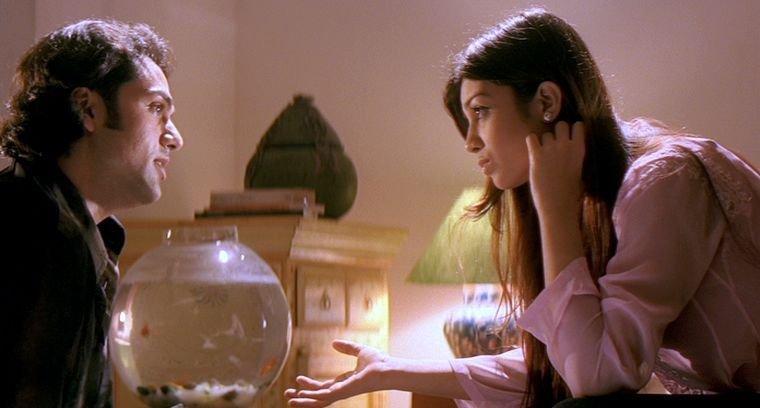 Viren Oberoi (Abhay Deol, li), Aditi (Ayesha Takia, re) – Bild: Zee.One