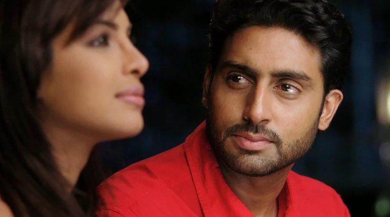 Neha Melwani (Priyanka Chopra, li) Sameer (Abhishek Bachchan, re) – Bild: Zee.One