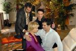 Julian kümmert sich um Diana (Folge 92) – © RTL