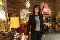 Die Expertin Dr. Heide Rezepa-Zabel ist auch bei der zweiten Staffel der Trödel-Show dabei. Ihr Spezialgebiet: das Kunsthandwerk. – © ZDF und Willi Weber
