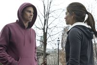 Vincent (Jay Ryan, l.) möchte nicht, dass Catherine (Kristin Kreuk, r.) ihm aus dem Weg geht ... – © 2013 The CW Network. All Rights Reserved.