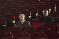 Raymond 'Red' Reddington (James Spader, l.) und Dembe (Hisham Tawfiq) – © RTL