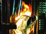 Flammendes Inferno (Staffel 1, Folge 22) – © RTL